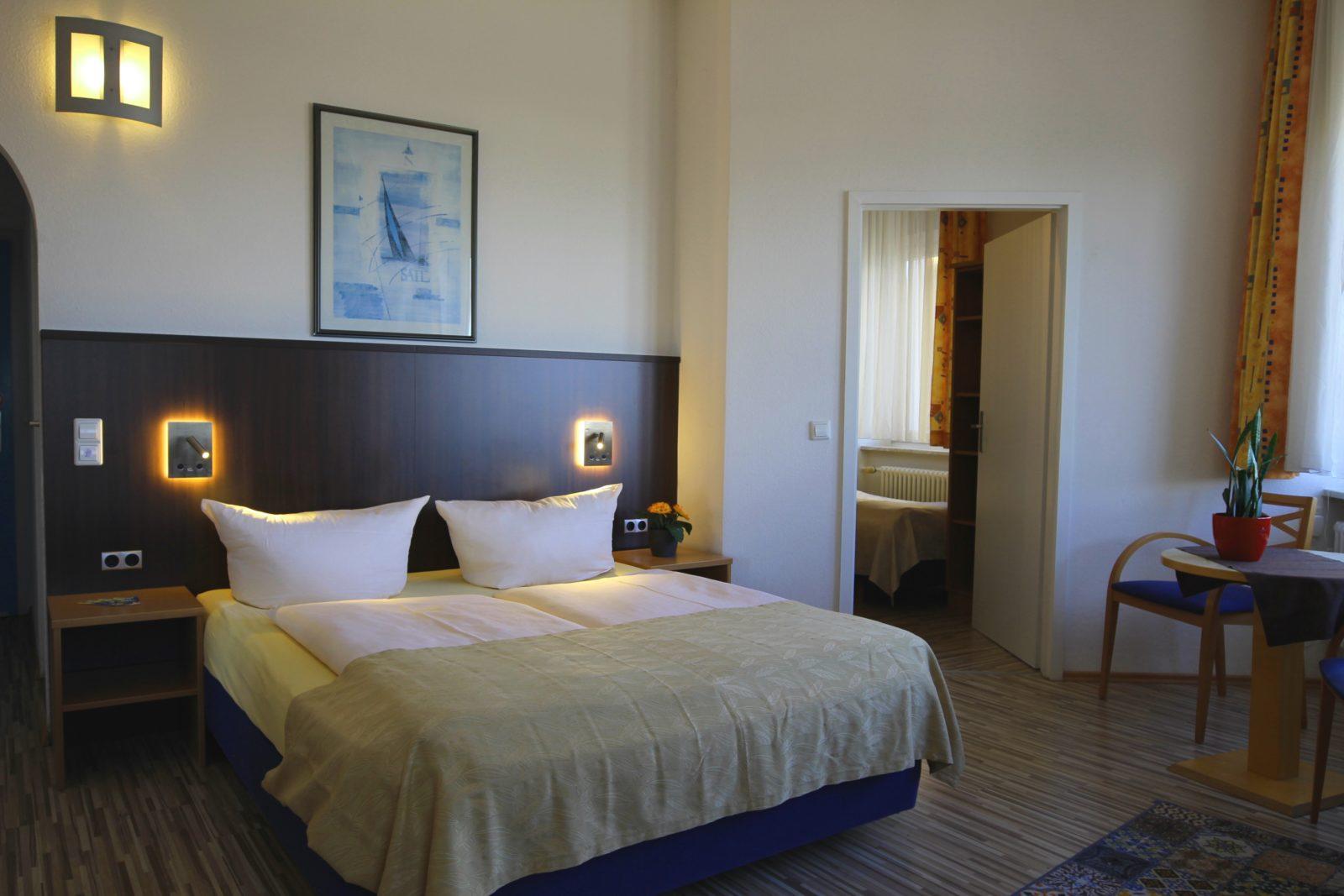 Vier- und Fünfbettzimmer